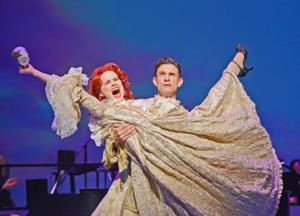 BWW Reviews: S'WONDERFUL: Gershwin Tunes Sung by a Super Talented Cast Onstage at MTW