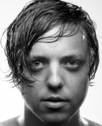 Artist ROBERT DELONG Launches Video for New Single 'Global Concepts'