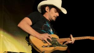 Brad Paisley to Perform Live at 40TH ANNUAL PEOPLE'S CHOICE AWARDS on CBS