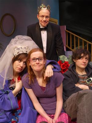 BWW Reviews: Public Theatre Explores the Absurd Side of Dysfunction
