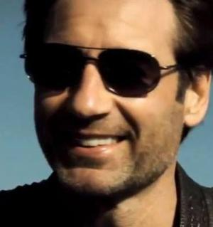 VIDEO: David Duchovny to Release Debut Album in 2015; Watch Him Sing!