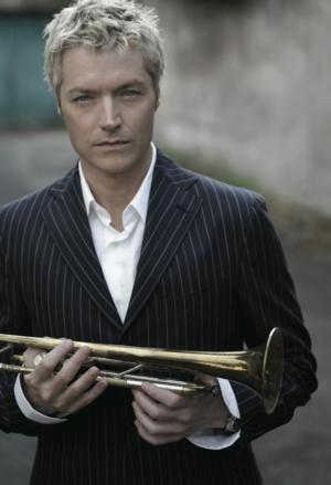 Chris Botti Launches 2013-14 Season at New York Pops Tonight