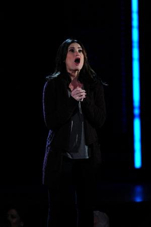 IF/THEN Original Broadway Cast Recording, Featuring Idina Menzel, Breaks Top 20 on the Billboard 200