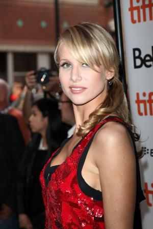 Lucy Punch to Star as Paige Britain in GREAT BRITAIN, Sept 9