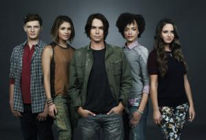 ABC Family Cancels 'Pretty Little Liars' Spinoff 'Ravenswood'