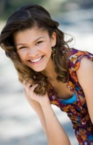 Zendaya to Play Aaliyah in Lifetime Biopic