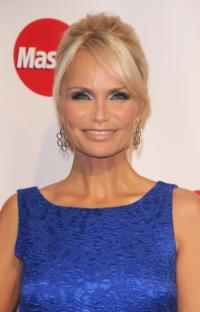 Kristin Chenoweth Set to Host HERO DOG AWARDS, 11/8