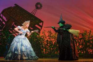 BWW Reviews: WICKED at the Capitol Theatre is as Crowd-Pleasing as Ever