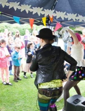 Performances, Live Music, Workshops and Skills Demos Set for RSC's MIDSUMMER SUNDAE, June 22