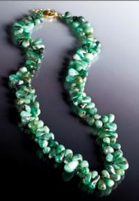 Stauer Celebrates Pantone's Color of the Year with Emerald Jewelry