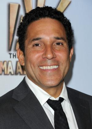 'Office' Star Oscar Nunez Joins Cast of New USA Comedy BENCHED