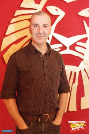 BWW Interviews: Esteban Oliver. 'Zazú es bilingüe y emigra'