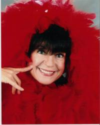 BWW Reviews: Comedienne Jo Anne Worley Keeps on Makin' Us Laugh