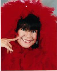 BWW Reviews: Comedienne Jo Anne Worley Keeps on Makin' Us Laugh