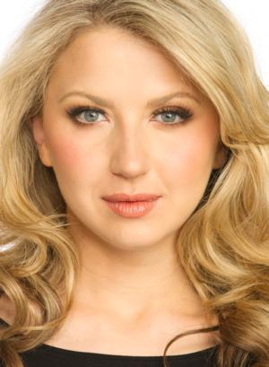 MTC's TALES FROM RED VIENNA with Nina Arianda Begins Rehearsals Today