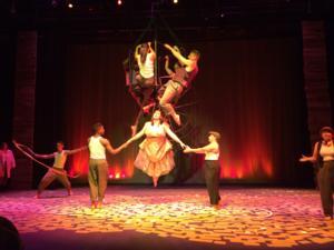 BWW Reviews: Sky Candy's COSMICOMICS Leaves Austin Starstruck