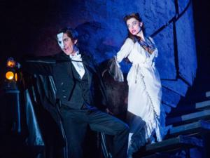BWW Reviews: THE PHANTOM OF THE OPERA National Tour Haunts Boston Opera House