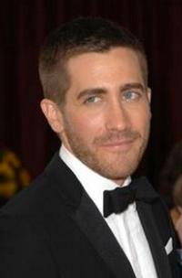 Jake Gyllenhaal Among Presenters at 2012 NCLR ALMA Awards Tonight, 9/21