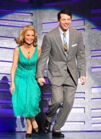 Kristin-Chenoweth-Sean-Hayes-to-Honor-Mark-Twain-Prize-Recipient-Ellen-DeGeneres-20121003