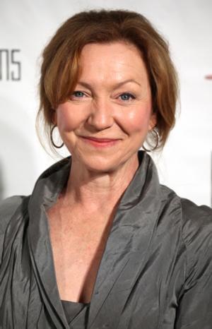 Tony Winner Julie White Joins CBS Pilot SAVE THE DATE