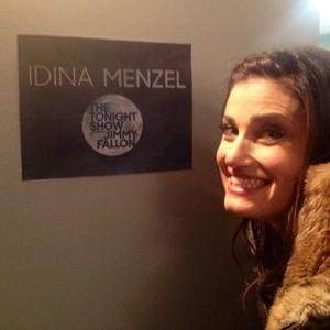 Idina Menzel Shares Backstage Look from TONIGHT SHOW