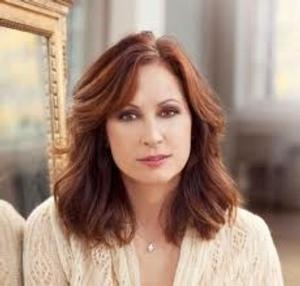 BWW Interviews: Linda Eder Returns to Sarasota with a Concert at Van Wezel