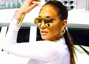 Jennifer Lopez to Release Untitled 10th Album 6/17