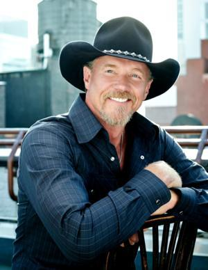 Trace Adkins to Perform on FOX & FRIENDS' Summer Concert Series Tomorrow