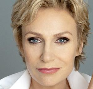 GLEE's Jane Lynch to Make 54 Below Debut June 18-21