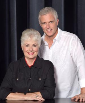 Shirley Jones to Reunite on Stage with Son Patrick Cassidy in THE MUSIC MAN Concert Tour