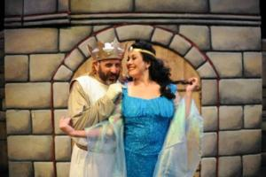 BWW Reviews: Boulder's Dinner Theater Creates Hilarious, Medieval Magic with Monty Python's SPAMALOT!