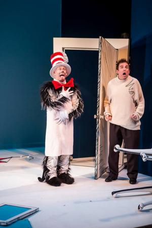 BWW Reviews: CAT IN THE HAT Has the Desired Effect at Children's Theatre Company