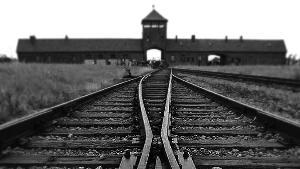 BWW Reviews: Holocaust Drama UNIFORM Plays Capital Fringe