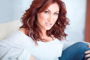 JO DEE MESSINA to Sing National Anthem at Kentucky Derby