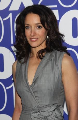 Jennifer Beals to Lead TNT's Supernatural Medical Pilot PROOF