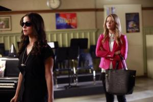 BWW Recap: Here Come the Lies in this week's 'Pretty Little Liars'