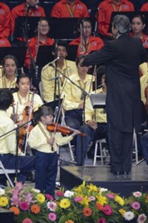 Esperanza Azteca Youth Orchestra of Mexico Performs at St. Peter's Church Tonight
