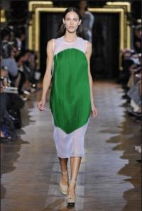 Stella McCartney Shows Upbeat Spring Collection