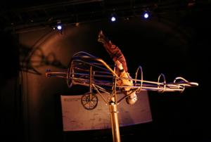 BWW Review: AIR HEART at Theatre Project Flies into Uncharted Genre