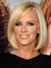 Jenny McCarthy Guests on ABC's EXTREME MAKEOVER: HOME EDITION Today