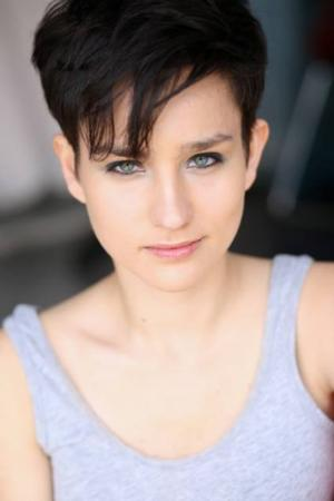 ARROW's Bex Taylor-Klaus to Lead MTV's SCREAM; Amy Forsyth Departs