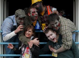 pH Productions Hosts 7th Annual Chicago Zombie Pub Crawl Today