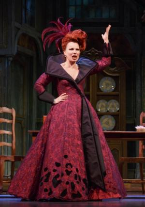 Fran Drescher Extends Run in CINDERELLA Through 6/29