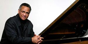 Pianist Andre Watts Holds Recital at Meany Hall Tonight