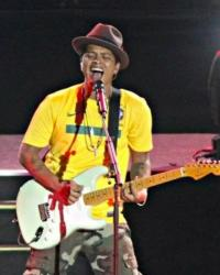 Bruno Mars to Perform on X FACTOR's Results Show, 12/13