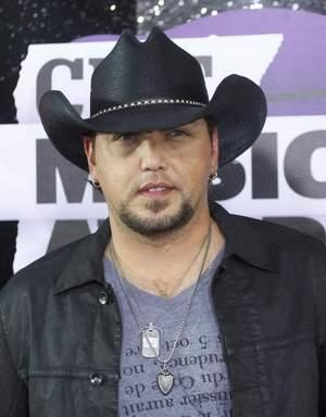 CMT Exclusively Premieres Jason Aldean's 'When She Says Baby' Music Video Today