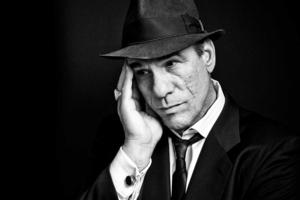 BWW Reviews: ADELAIDE CABARET FESTIVAL 2014: DAVI SINGS SINATRA: ON THE ROAD TO ROMANCE Is a Marvellous Tribute to His Mentor by Robert Davi