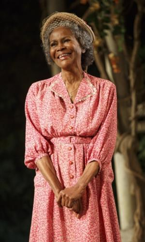 Cicely Tyson, Vanessa Williams to Star in Lifetime's TV Adaptation of Broadway's THE TRIP TO BOUNTIFUL