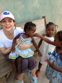 Brad Paisley, Kimberly Williams-Paisley Support Clean Water for Haiti Nonprofit, Encourage Others to Donate