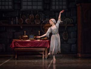 BWW Reviews:  The Colorado Ballet Presents an Enchanting Performance in the Classic Fairy tale, CINDERELLA!